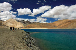 Leh Pangong Lake Tour